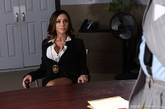 Ariella Ferrera - Milf Squad Vegas- Youre Off The Case Ferrera | Picture (2)
