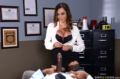 Ariella Ferrera - Milf Squad Vegas- Youre Off The Case Ferrera | Picture (12)