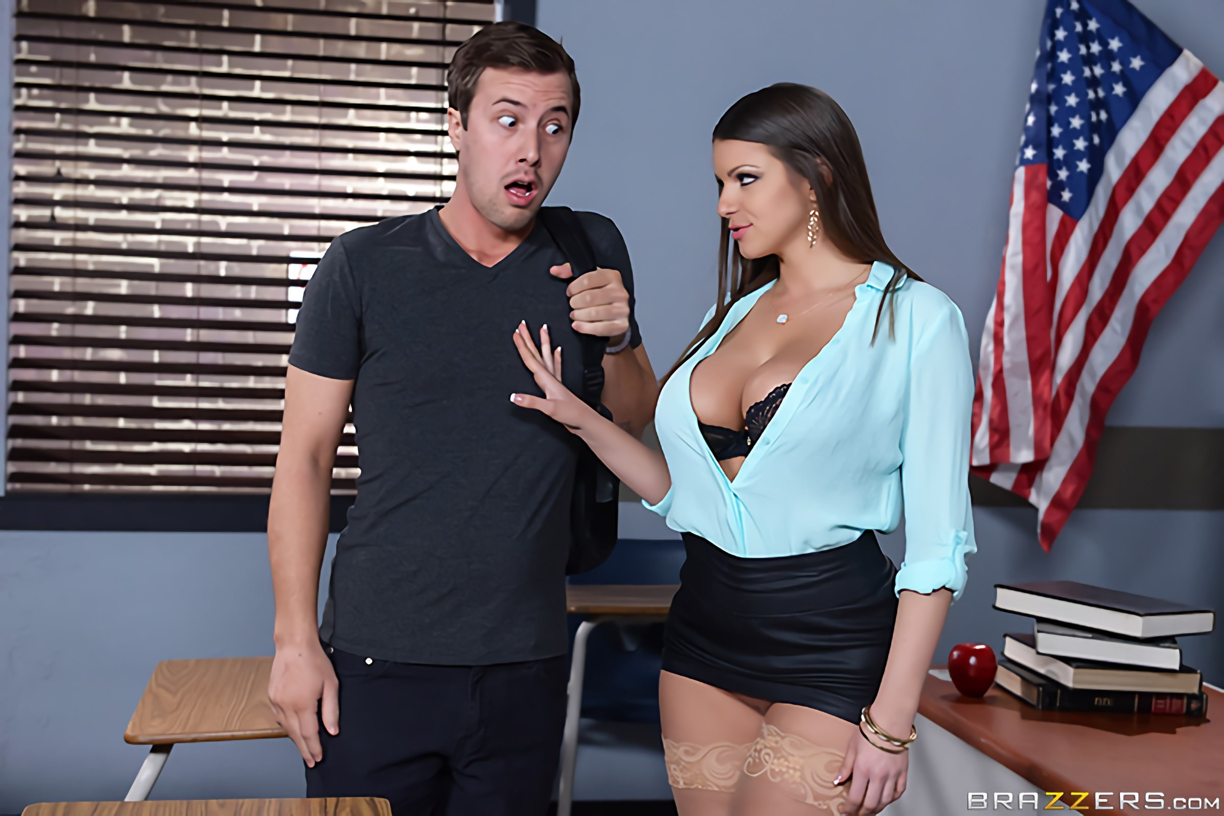 Brooklyn Chase - Nailing Ms Chase- Part One | Picture (2)