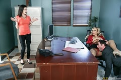 Olivia Austin - How To Fuck At The Office | Picture (2)