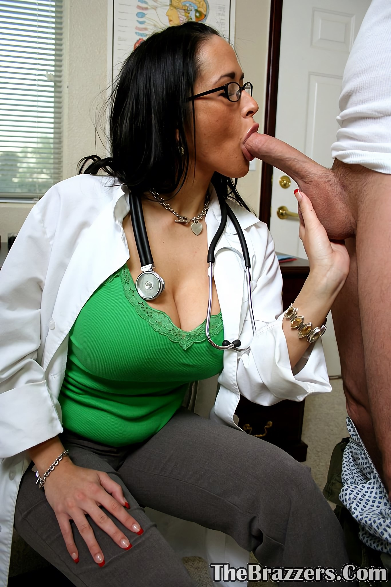 Doctors office blowjob
