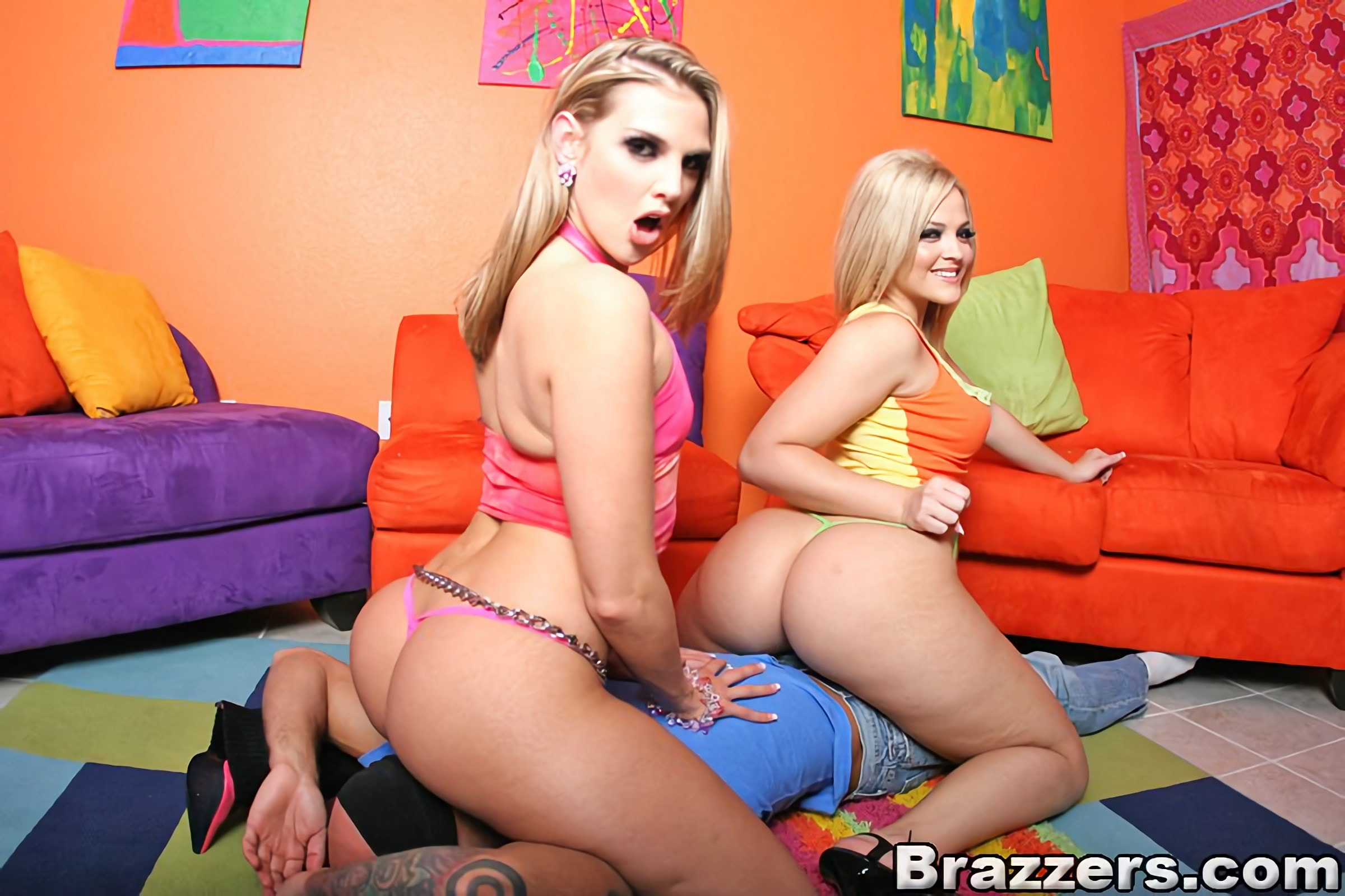 Cute Butted Brianna Love And Phoenix Marie Seduce Guy For Fuck With Crazy Lesbian Petting