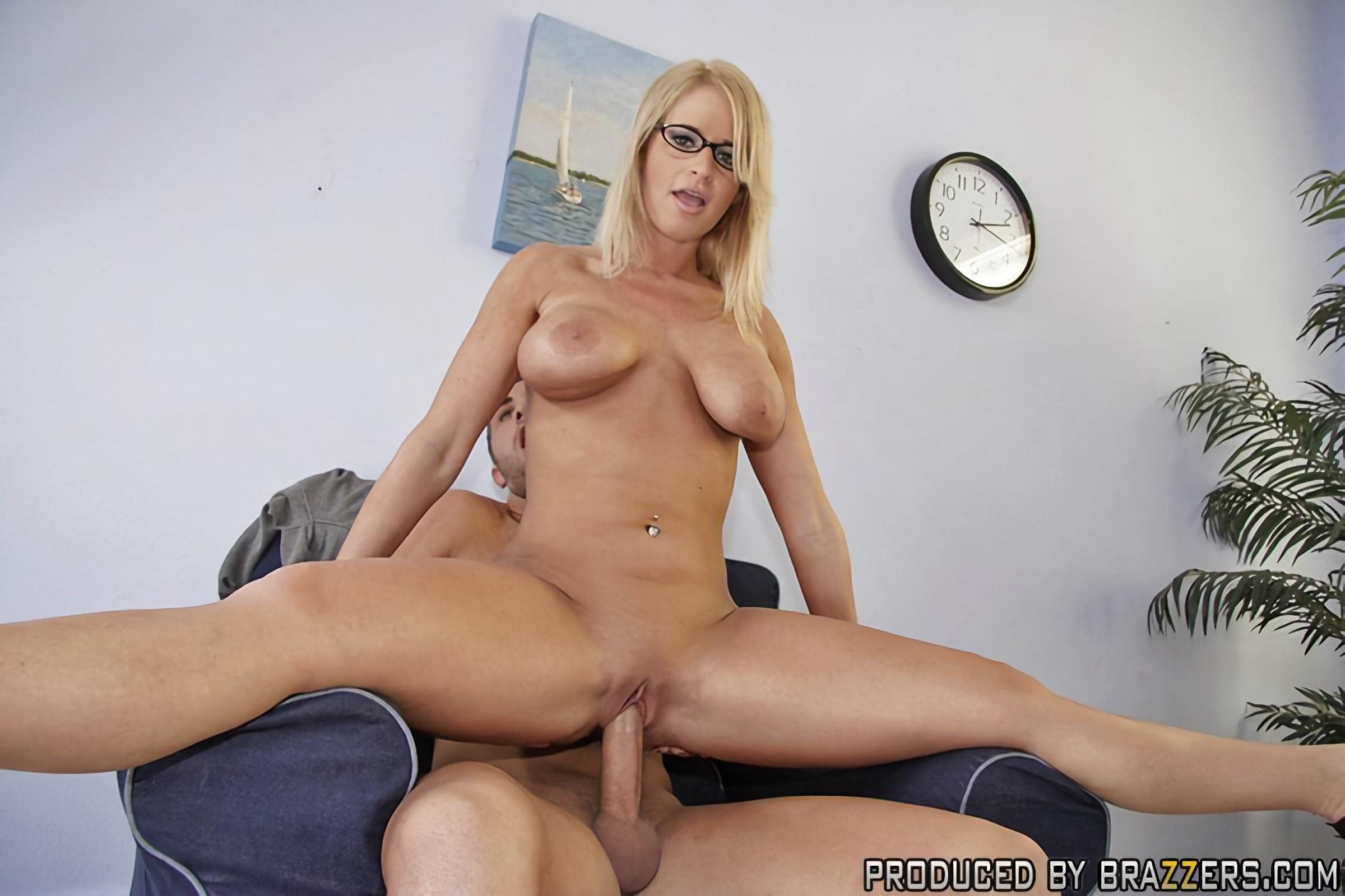 матери сына один будний день из жизни порно модели мэдисон джеймс порно является загадочным