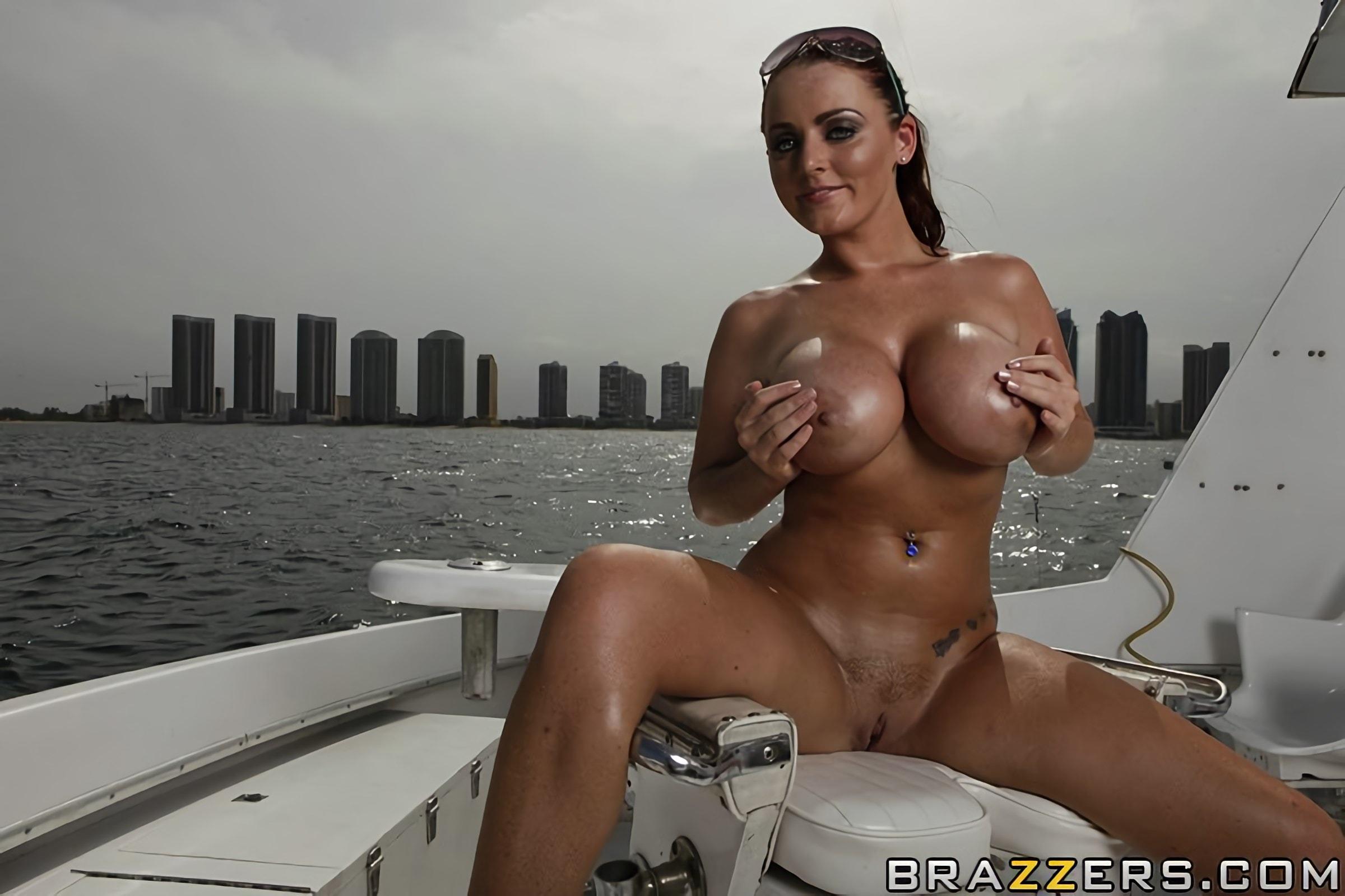 boat-busty-huge