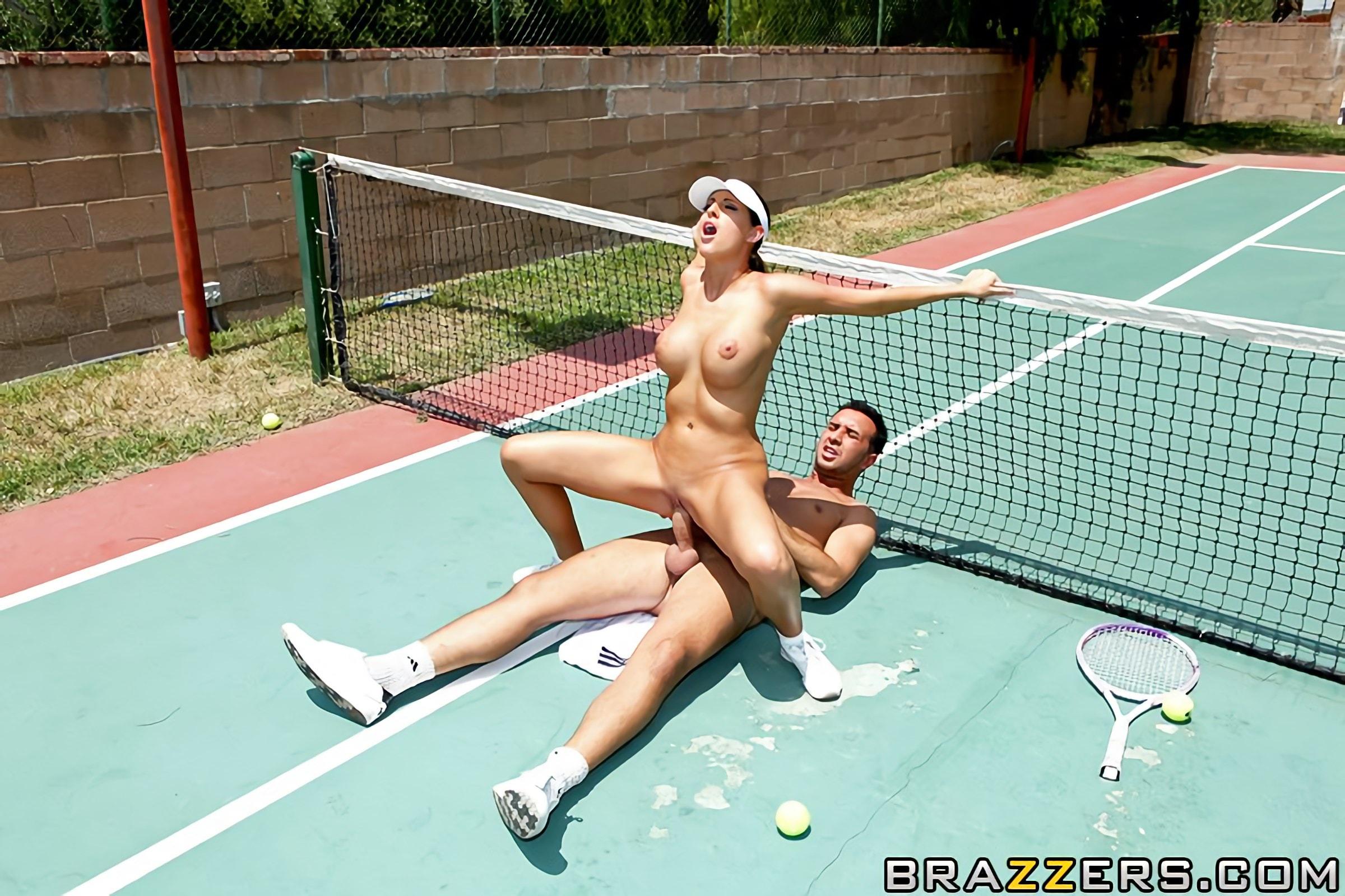 секс на теннисе всех