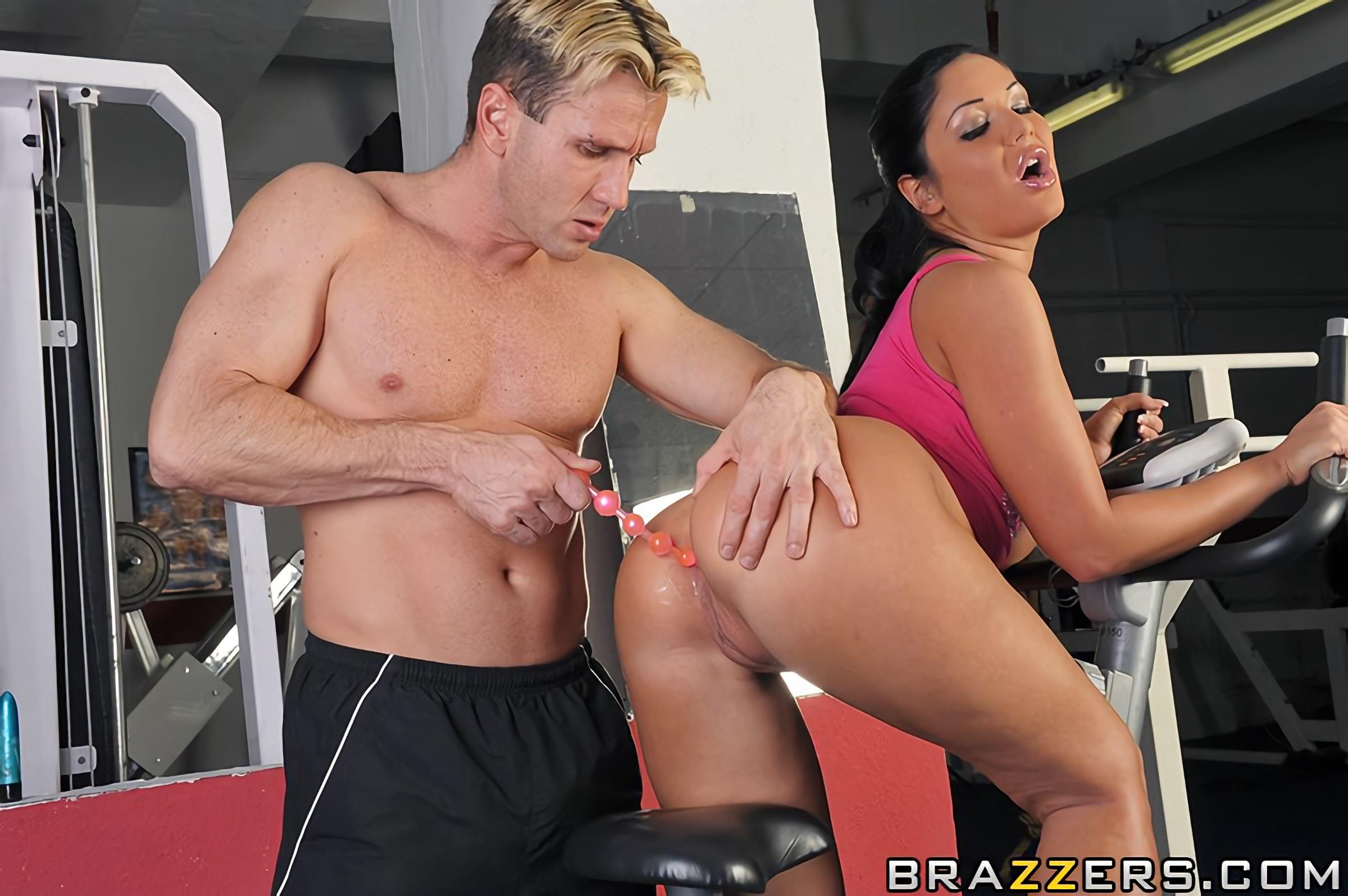 Тебе замутила с тренером секс дилдо