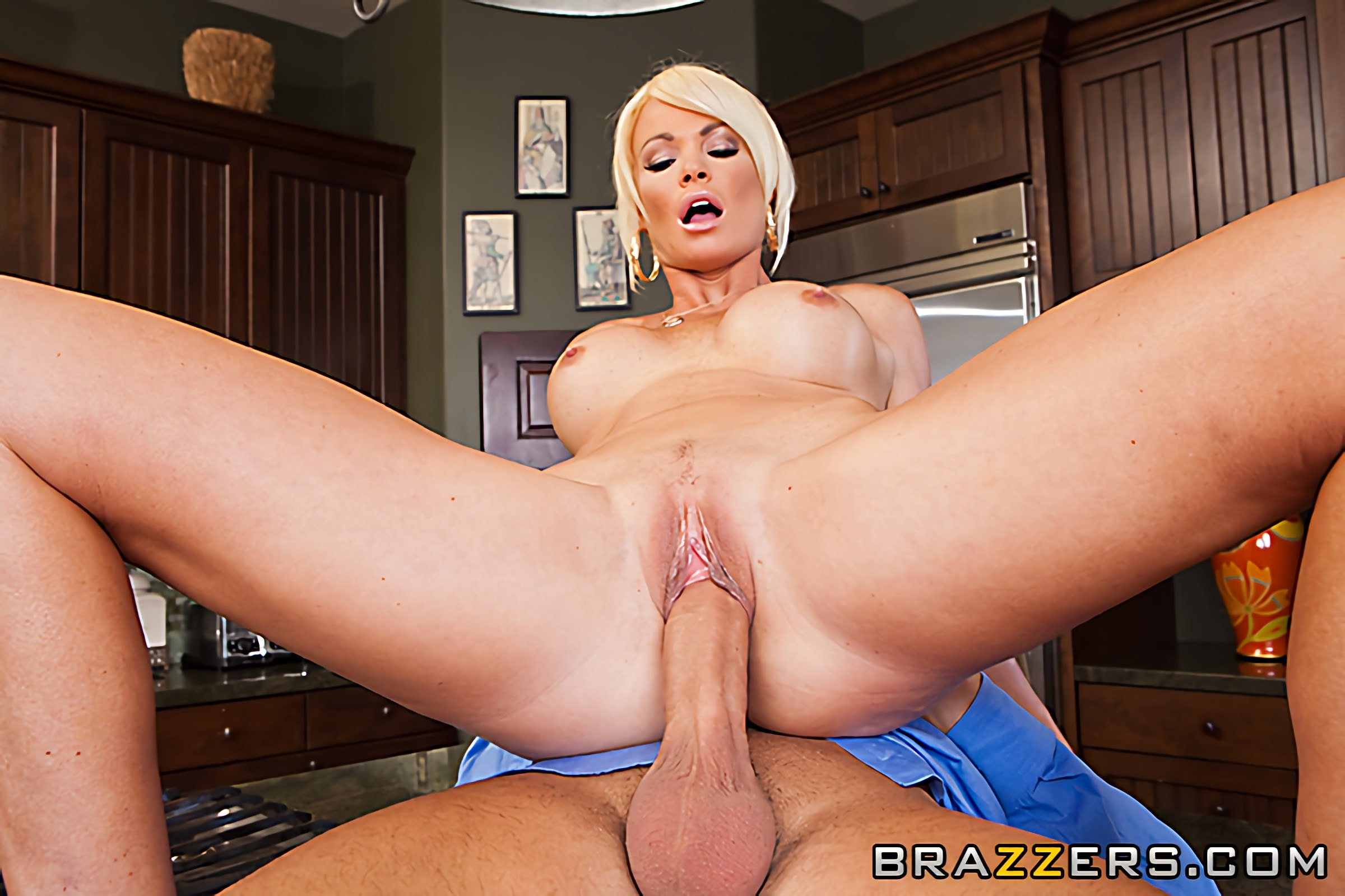 Busty pornstar rhylee richards lets the guy lick and penetrate her moist pussy