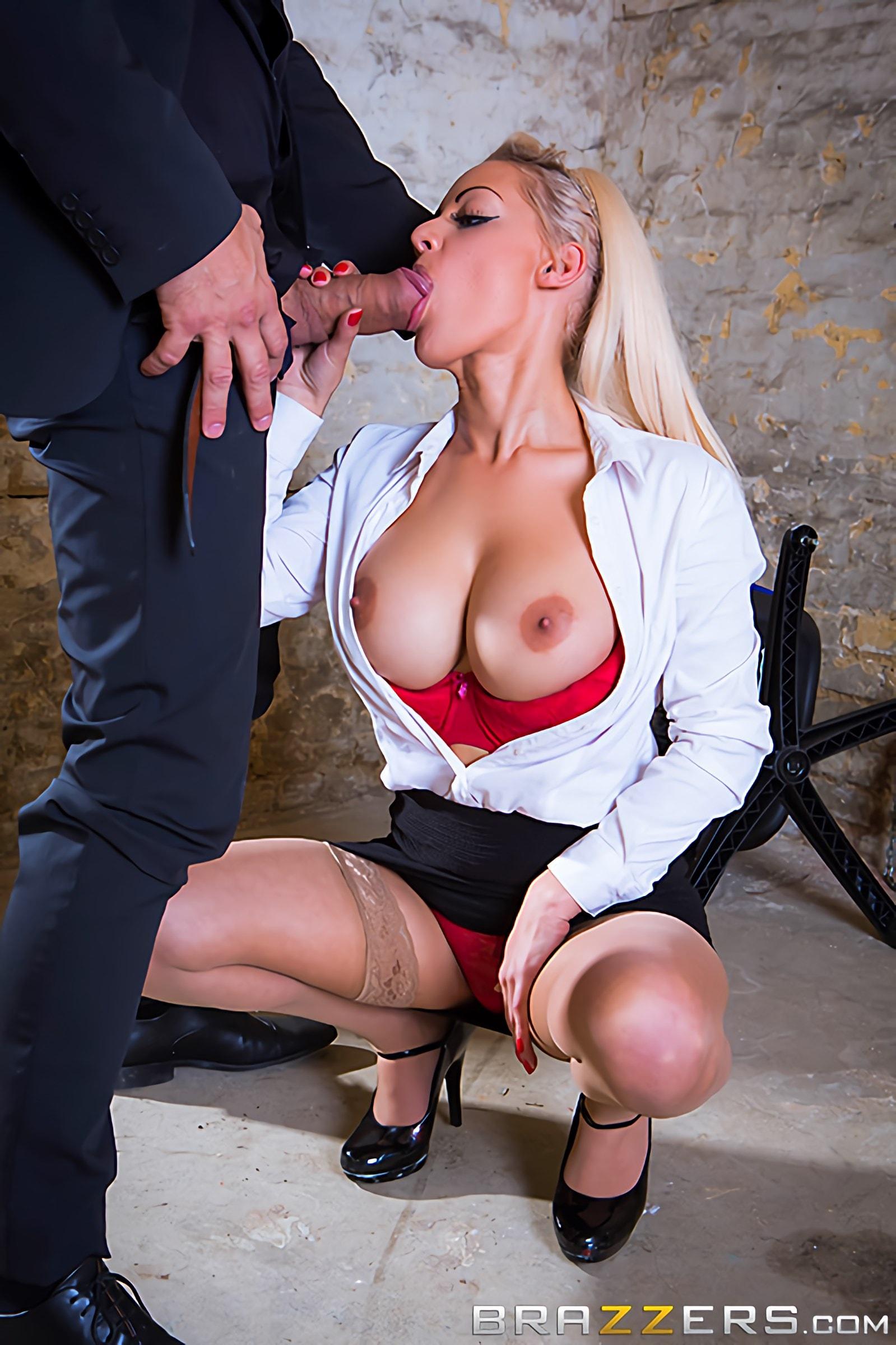 Секс сиськи секретарши в сперме — 6